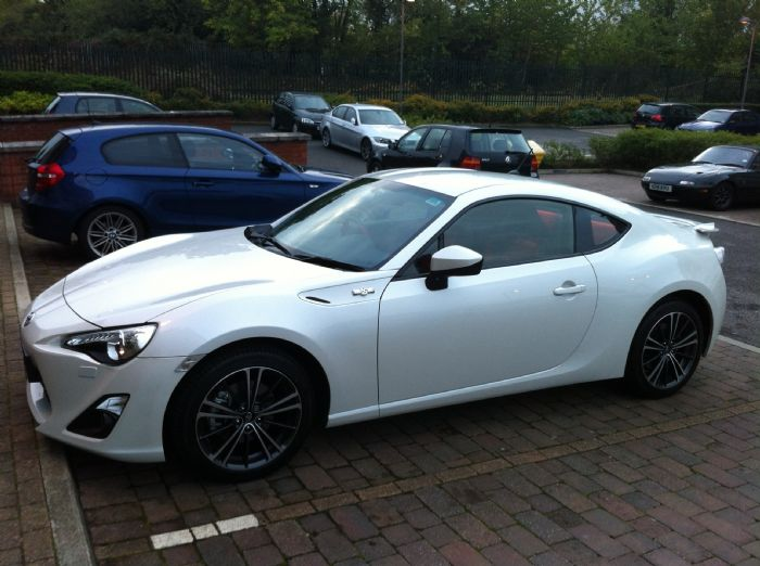 i 39 m in love with my new pearl white gt86 toyota gt 86. Black Bedroom Furniture Sets. Home Design Ideas