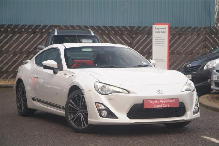 wanted white manual gt86 toyota gt 86 forums uk page 2. Black Bedroom Furniture Sets. Home Design Ideas